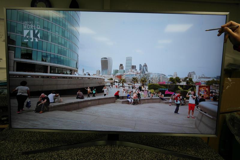 49 Samsung UE49MU6470 4k Ultra HD HDR Freeview Freesat HD Smart LED TV