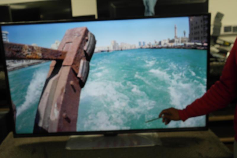 "49"" Panasonic TX-49FX555B 4K Ultra HD HDR Smart LED TV"