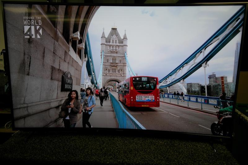"""55"""" Panasonic TX55CR852B Curved Ultra HD 4K Freeview HD Smart 3D LED TV"""